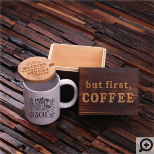 coffee mug with engraved natural wood lid, wood engraved tea box
